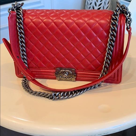 CHANEL Handbags - Chanel Medium Quilted Boy Bag